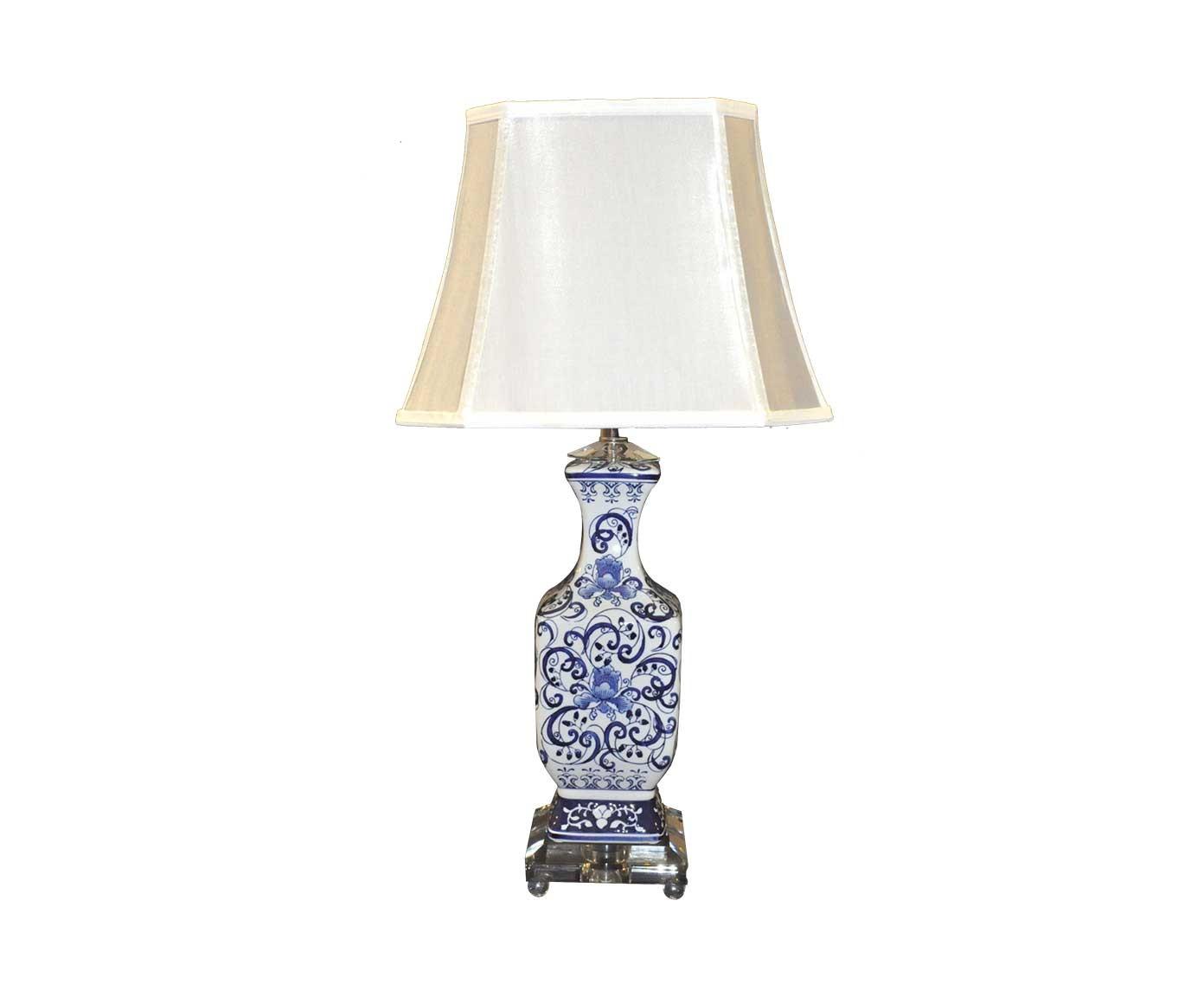 lampe porcelaine bleue de style chinoise demeure et jardin. Black Bedroom Furniture Sets. Home Design Ideas
