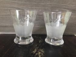 Ensemble de 12 verres à eau gravés
