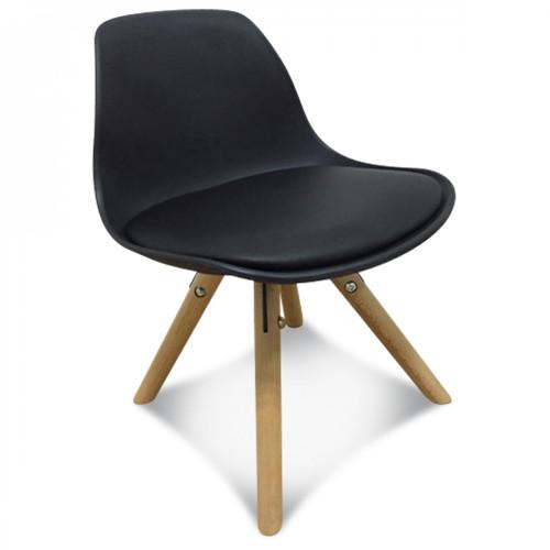 chaises noires scandinave taby pour enfant demeure et jardin. Black Bedroom Furniture Sets. Home Design Ideas