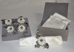 Coffret 4 ronds de serviettes Esprit Chanel