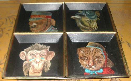 Set de 5 petits plateaux têtes d'animaux