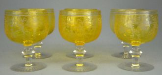 Set de 6 verres moyen age jaunes
