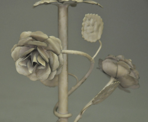 Bougeoir roses en metal  deco de table fleurs