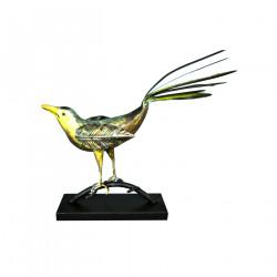 Oiseau en fer forgé au bec jaune