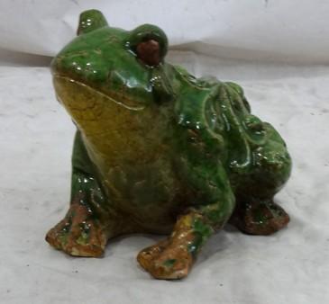 Petite grenouille en c ramique demeure et jardin for Decoration jardin grenouille