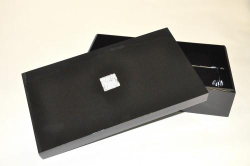 Boite Rectangulaire laque noir et coquille d'oeuf