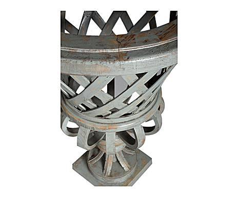 Vase tressé en bois patiné gris
