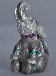 Boîte éléphant de cirque