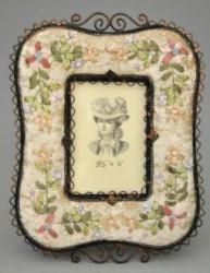 Cadre rectangulaire à fleurs