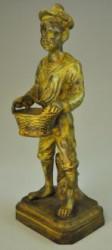 Marin en bronze avec son panier