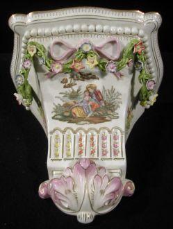 Console en porcelaine  estyle Louis XVI