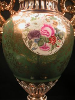 Grand vase porcelaine vert et or