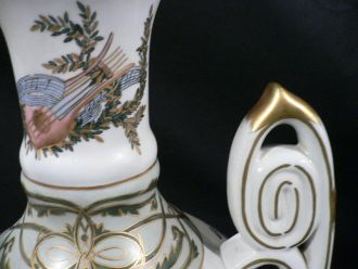 Grande urne renaissance italienne