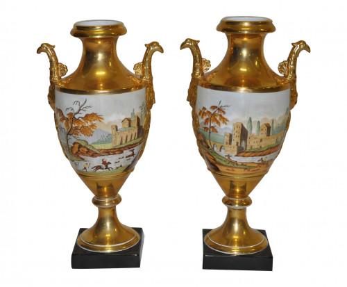 Paire d'urnes antiques