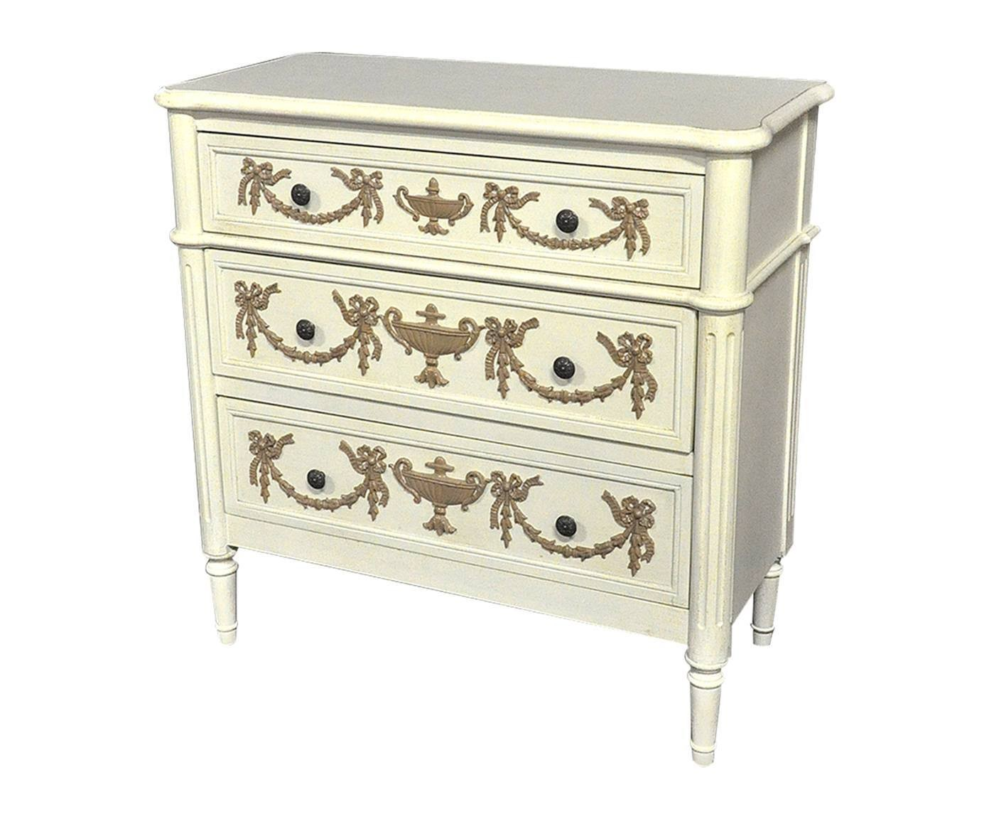 commode louis xvi blanche moulures chocolat demeure et jardin. Black Bedroom Furniture Sets. Home Design Ideas
