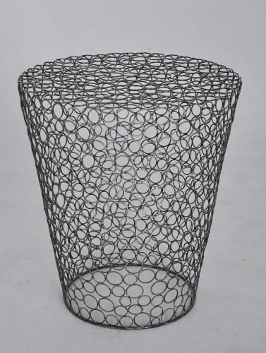 Gueridon design metal